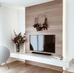 Create a real decoration around the television